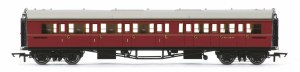 Hornby OO R4766 Collett 'Bow Ended' Composite Corridor Left Hand W6138W BR Maroon