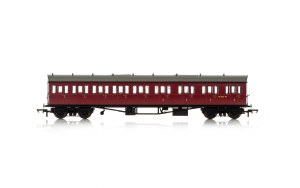 Hornby OO R4879A Collett 'Bow Ended' E131 Nine Compartment Composite Right Hand W6242W BR Crimson