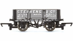 Hornby OO R6746 4 Plank Wagon Stephens and Co.