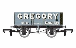Hornby OO R6755 7 Plank Wagon Gregory