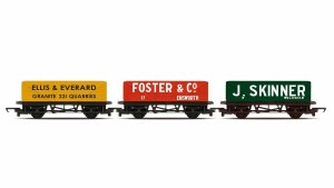 Hornby RailRoad OO R6784 3 Pack - Open Wagons