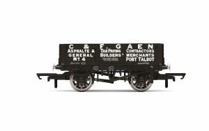 Hornby OO R6900 4 Plank Wagon 'C&F Gaen' No. 4