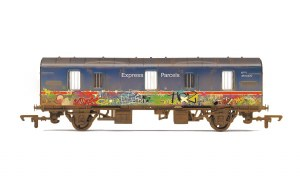 Hornby OO R6919 BR 4 Wheel CCT (with Graffiti)