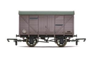 Hornby OO R6925TTS Vent Van with Sound