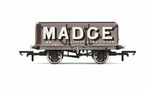 Hornby OO R6952 Madge, 7 Plank Wagon, No. 62 - Era 2/3