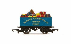 Hornby OO R6988 Hornby Christmas Wagon - 2020