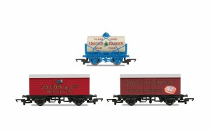 Hornby OO R6991 Hornby 'Retro' Wagons, three pack, United Dairies Tanker, Jacob's Biscuits, Palethorpes