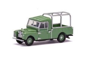 Hornby OO R7151 Land Rover 109