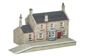 Hornby OO R7230 Hogsmeade Station, Station Building