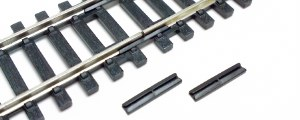 Hornby OO R920 Insulating Plastic Fishplates Track Joiners pack of 12