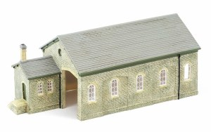 Hornby OO R9841 Granite Station Goods Shed