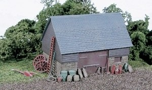 Wills Kits OO SS30 Barn stone and timber built type