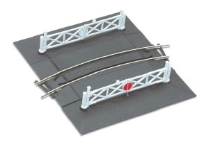 Peco OO ST-266 Curved No.1 Rad. Level Crossing complete with 2 ramps and 4 gates