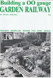 Peco OO SYH8 Building a OO Gauge Garden Railway Booklet