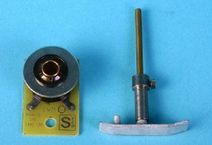 Gaugemaster OO TLU Tension Lock Uncoupler