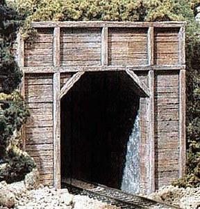 Woodland Scenics HO WC1254 HO Scale Tunnel Port Timber Single (x1)