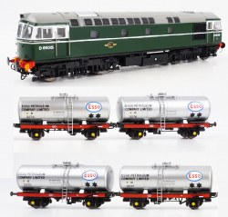 Class 33 BR Green D6535 and Four 1960s Silver ESSO 'A' Tank Wagons pack