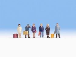 Passengers (6) (HO Scale)