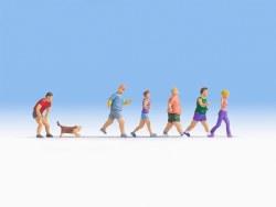 Joggers (6 + 1 Dog) (HO Scale)