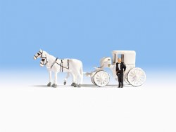 Horse Drawn Wedding Carriage (HO Scale)
