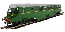 GWR AEC Diesel Railcar GWR BR green with speed whiskers (dark grey roof)