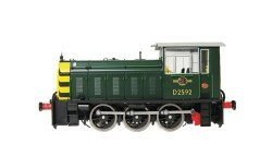 Class 05 D2592 BR Green with Wasp Stripes