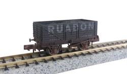 7 Plank Wagon Ruabon 825 Weathered