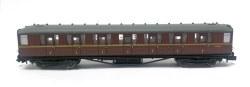 Gresley BR Maroon 1st Class E11032E