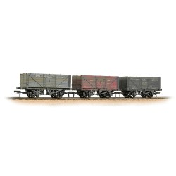 Branchline Cornish Coal Trader Wagons – Weathered