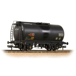 BR 45T TTA Tank Wagon 'Charringtons' Black - Weathered
