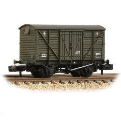 BR 12T Ventilated Van Planked Sides BR Departmental Olive Green