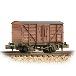 BR 10T Insulated Ale Van BR Bauxite (Early) - Weathered