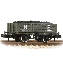 5 Plank Wooden Floor Wagon NE - with Wagon Load