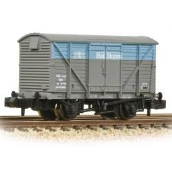 BR 12T Ventilated Van Plywood Doors BR Departmental Rail Stores