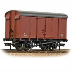 SR 12T Plywood Ventilated Van BR Bauxite (Early)
