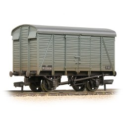 SR 12T 2+2 Planked Ventilated Van BR Grey (Early) - Weathered