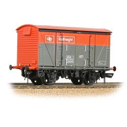 BR Vanwide VEA BR Railfreight Red / Grey