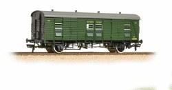 SR PLV Passenger Luggage Van SR Maunsell Olive Green