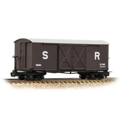 Covered Goods Wagon SR Brown