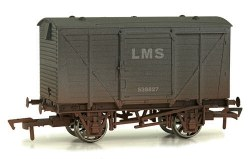 Ventilated Van LMS 538827 Weathered