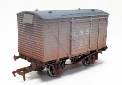 Ventilated Van LMS Grey 117870 Weathered