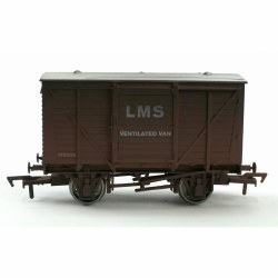 Ventilated Van LMS Bauxite 155005 Weathered