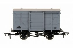 Ventilated Van BR Grey 183319