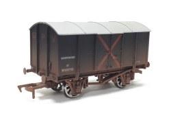 Gunpowder Van GWR W105755 Weathered