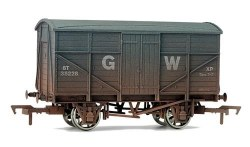 8T GWR Ventilated Van Fruit Mex 38274 GWR Grey Weathered