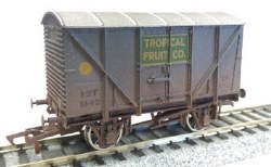 Banana Van Tropical Fruit M42 Weathered