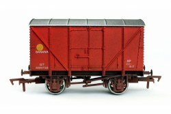 Banana Van BR Red B881722 Weathered