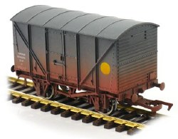 Banana Van GWR Grey 35639 Weathered
