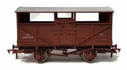 Cattle Wagon BR B893325 Weathered