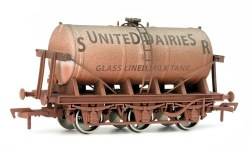 6 Wheel Milk Tank SR United Dairies Weathered